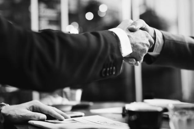استفاده از نرم افزار CRM  برای ایجاد روابط با مشتری
